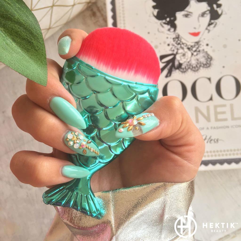 HEKTIK™ nail design